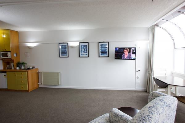 ropata-lodge-apartment-1.jpg